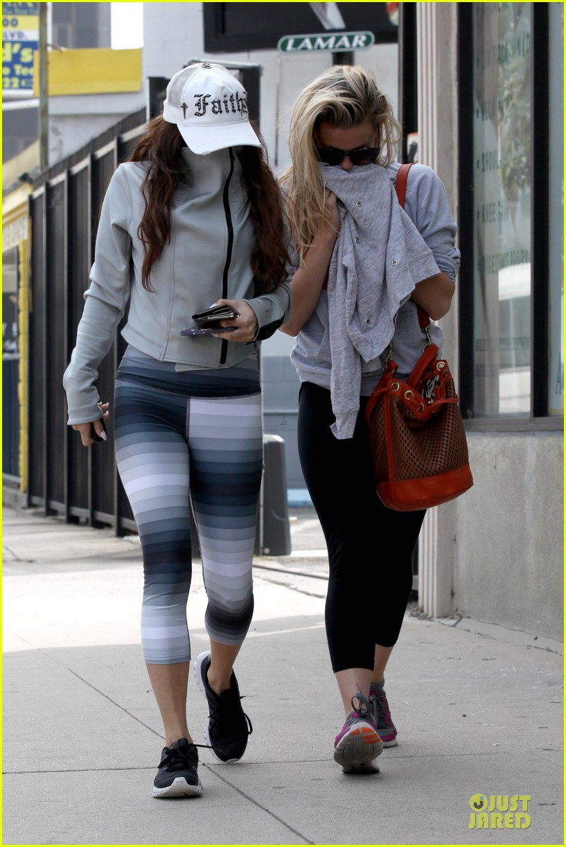 vanessa hudgens gym workout with ashley tisdale 202833939