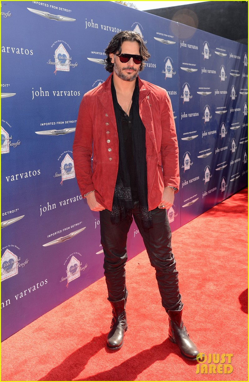 joe manganiello louise roe john varvatos stuart house benefit 01