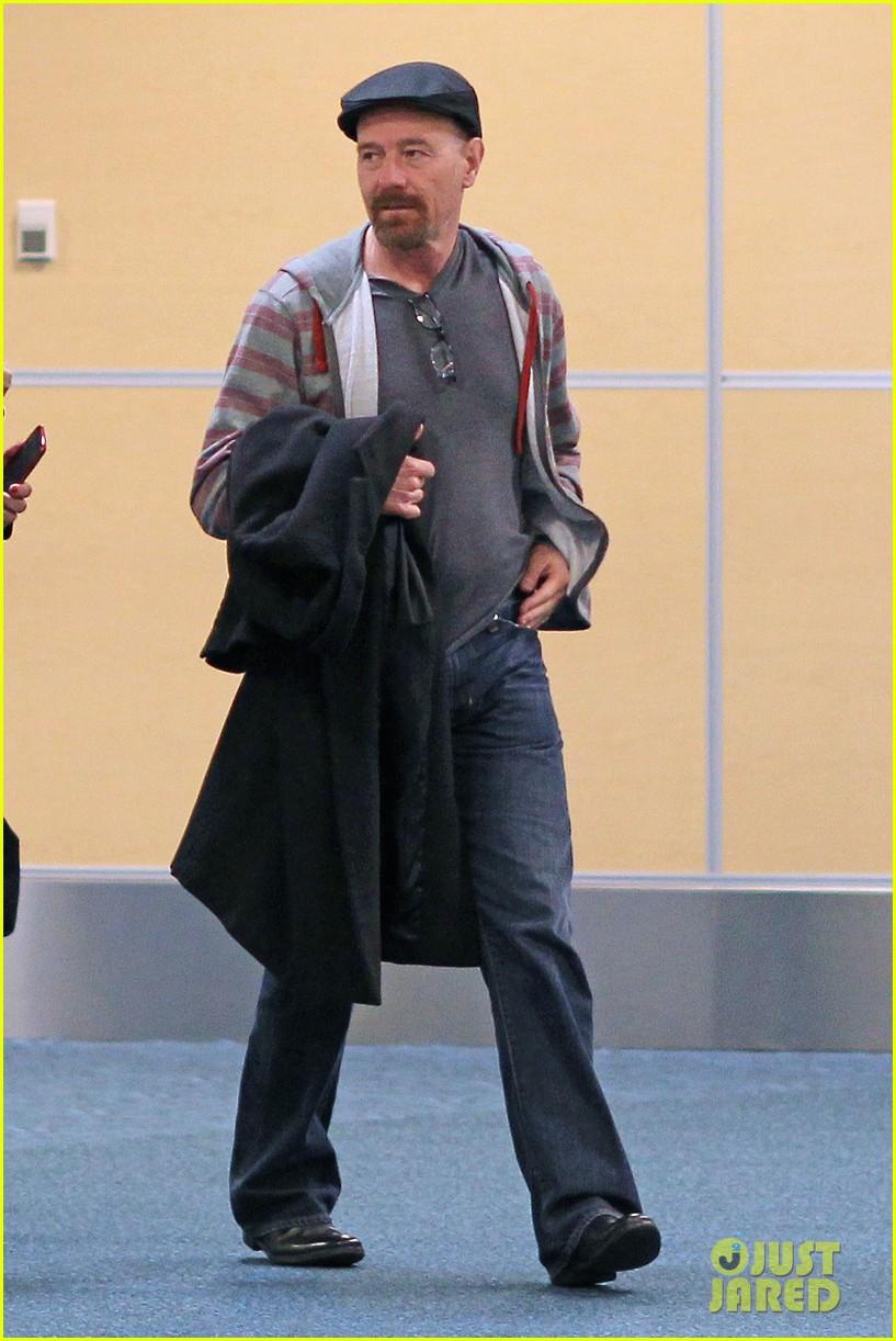 aaron taylor johnson bryan cranston godzilla begins filming 112829349