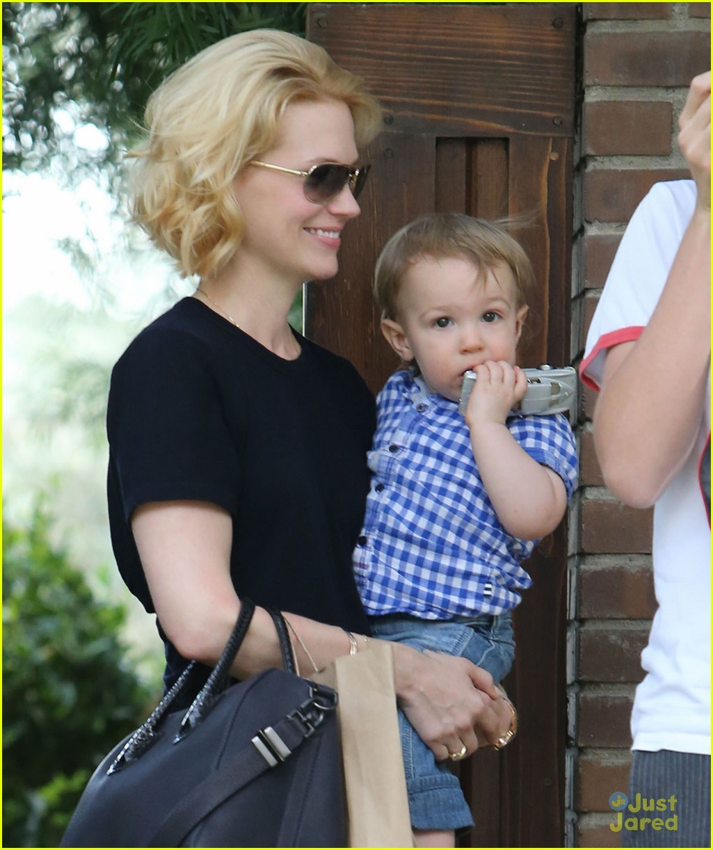 january jones xander le pain quotidien lunch 472825201