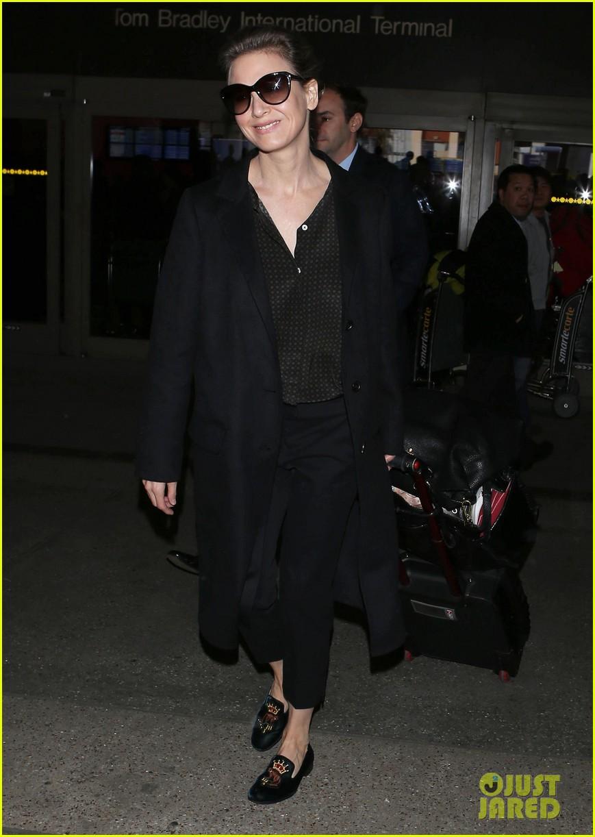 january jones renee zellweger back from paris fashion week 18