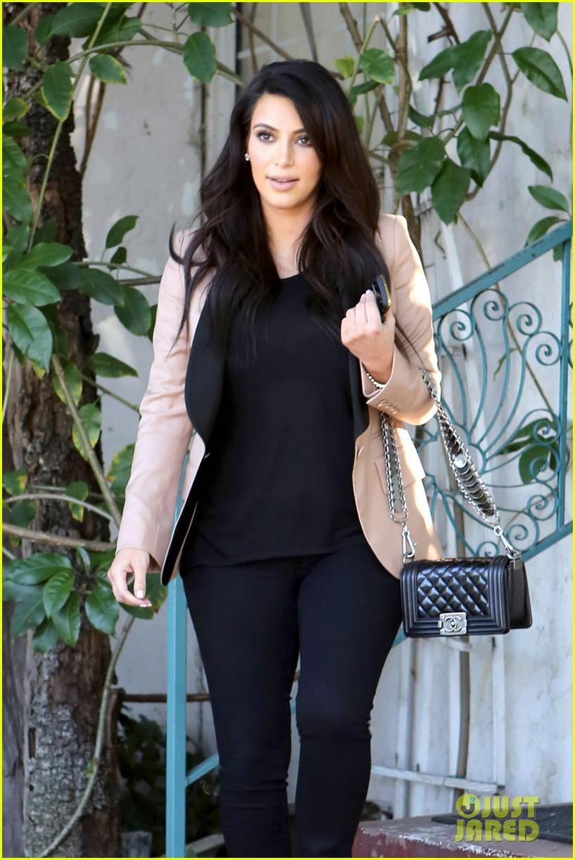 kim kardashian loves expectant mom parking spots 222823288
