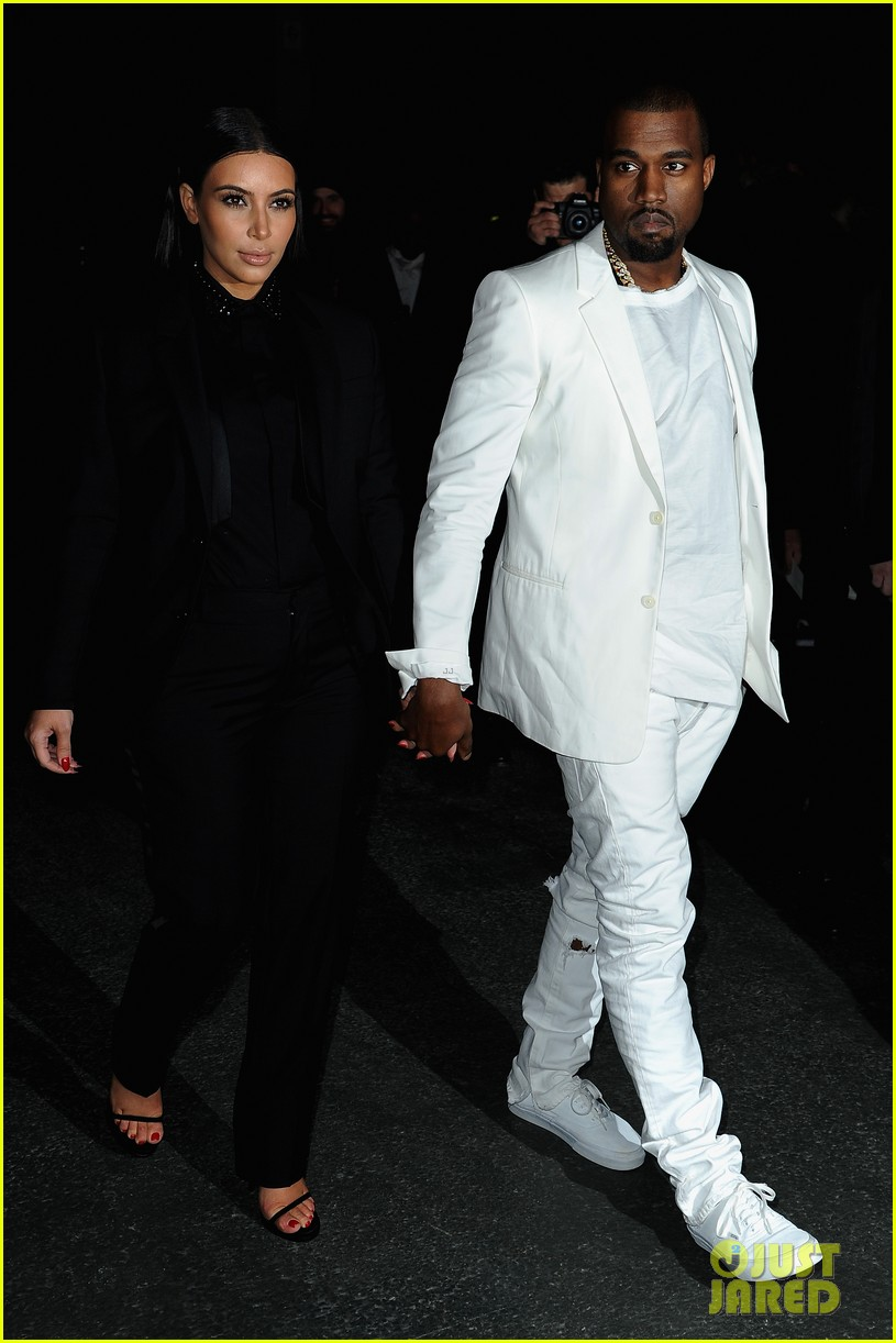kim kardashian kanye west givenchy show couple 07