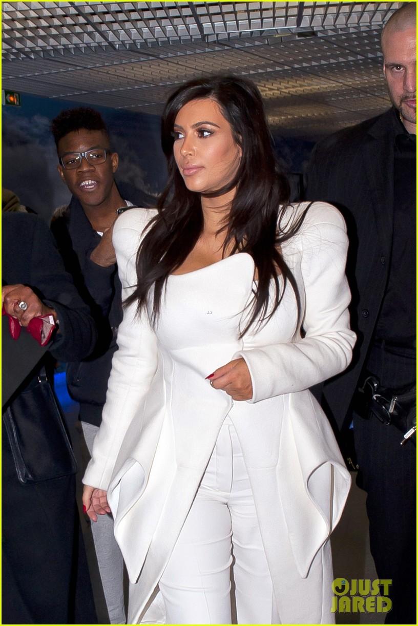 kim kardashian kanye west givenchy show couple 11