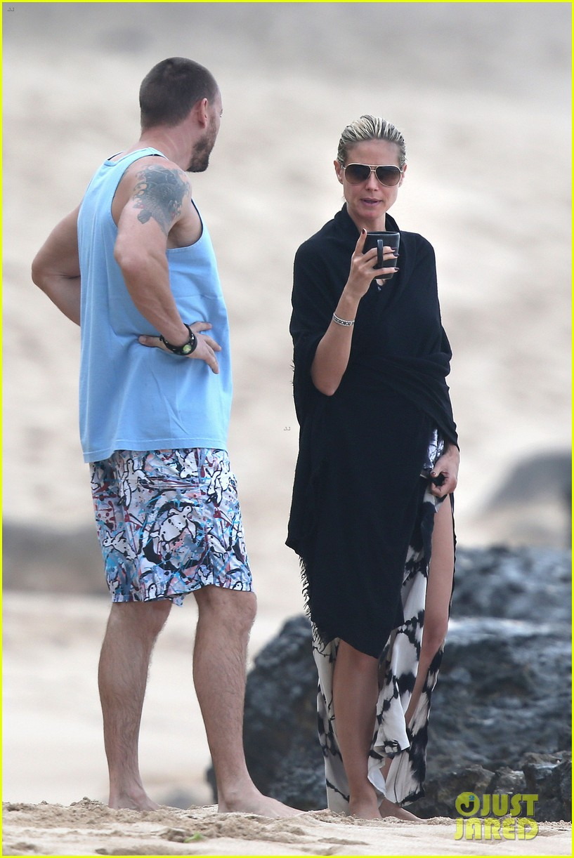heidi klum martin kirsten hawaii beach day with the family 17