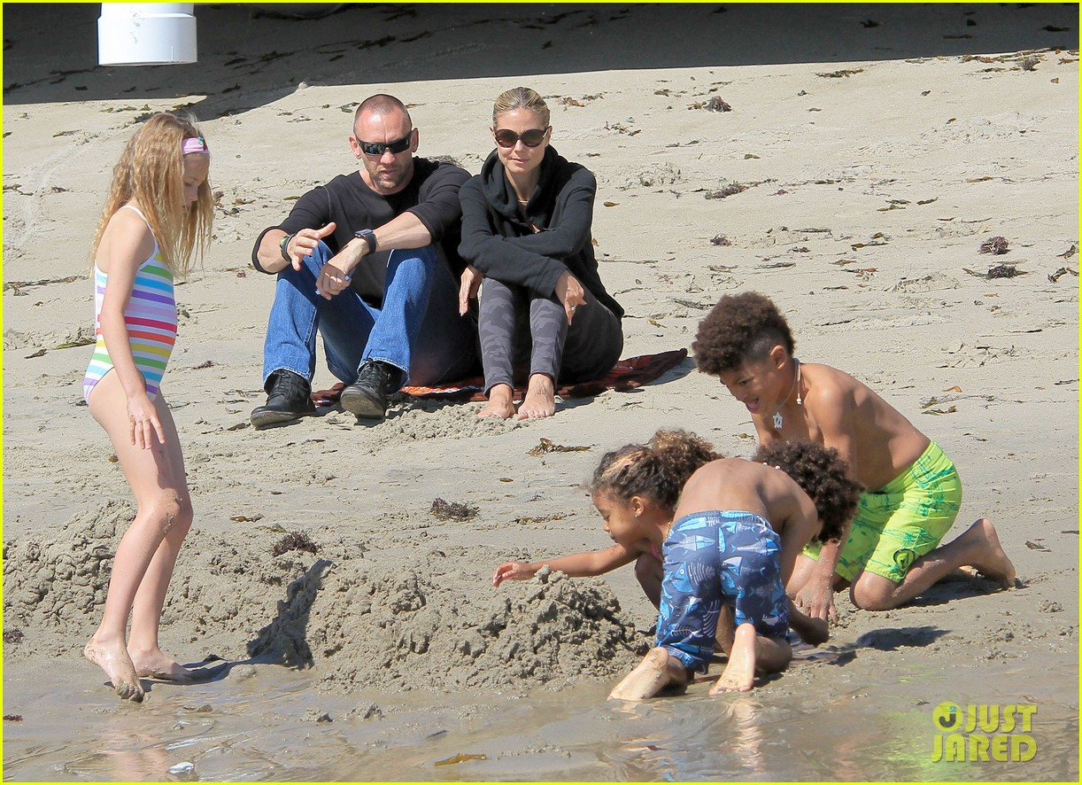 heidi klum martin kirsten beach day with the kids 282828747