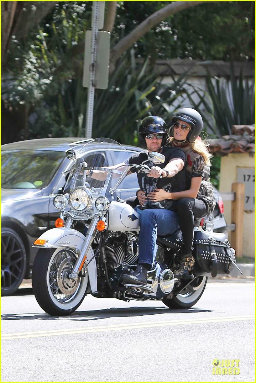 heidi klum martin kirsten brentwood motorcycle ride 33
