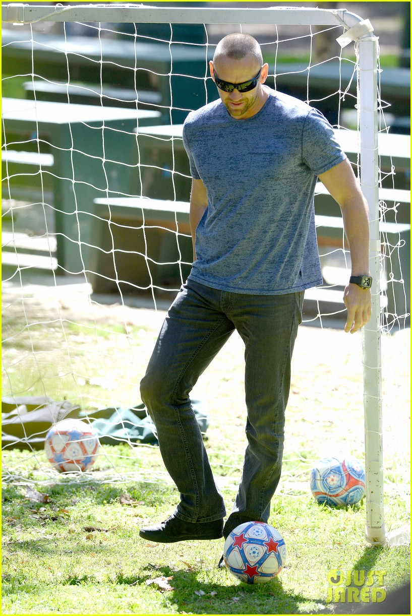 heidi klum boyfriend soccer game 22