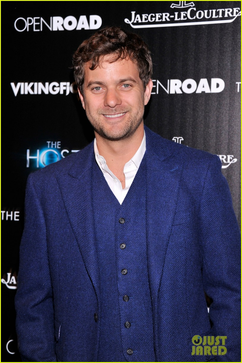 diane kruger joshua jackson the host nyc screening 112838880