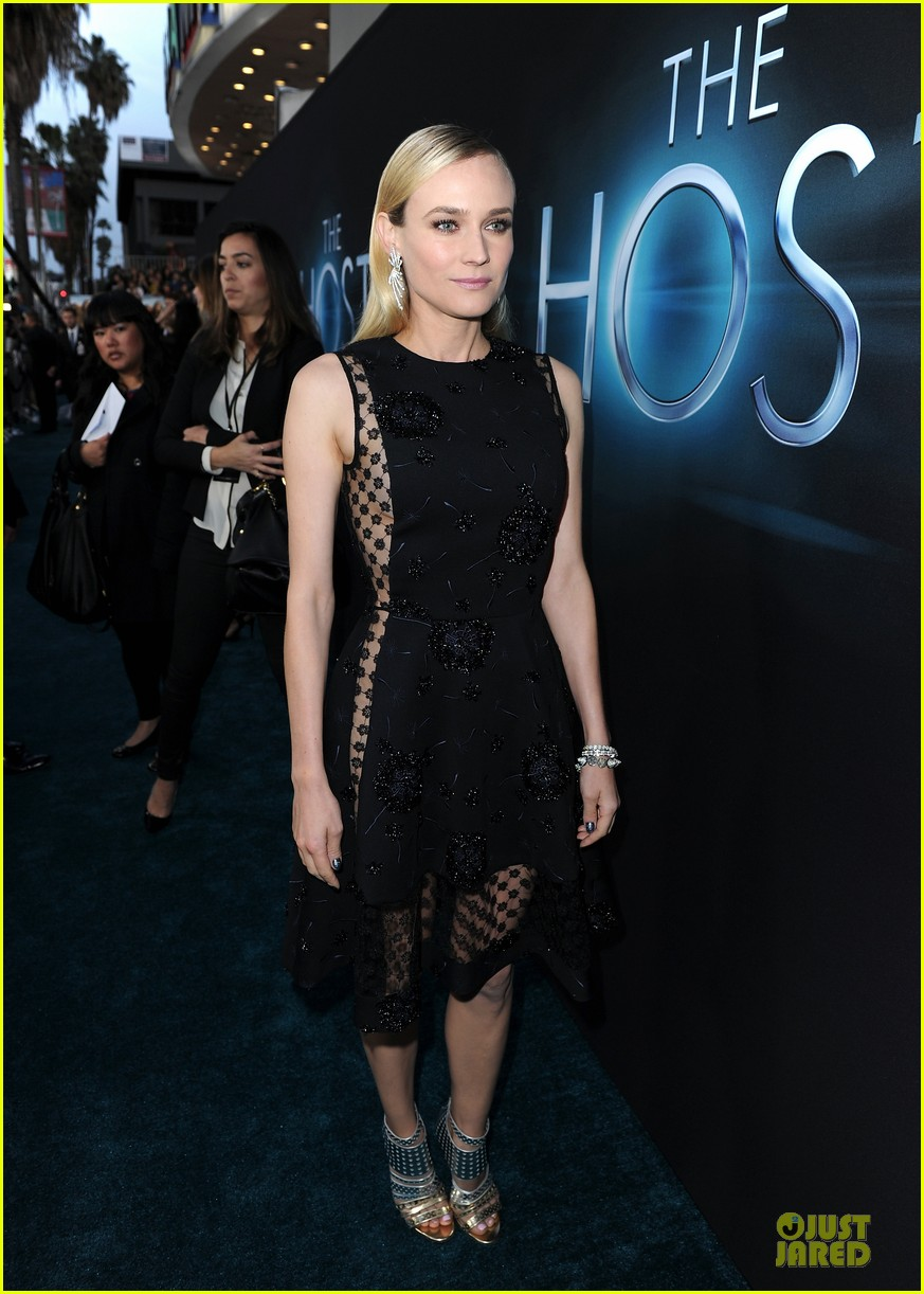 diane kruger joshua jackson host hollywood premiere 12
