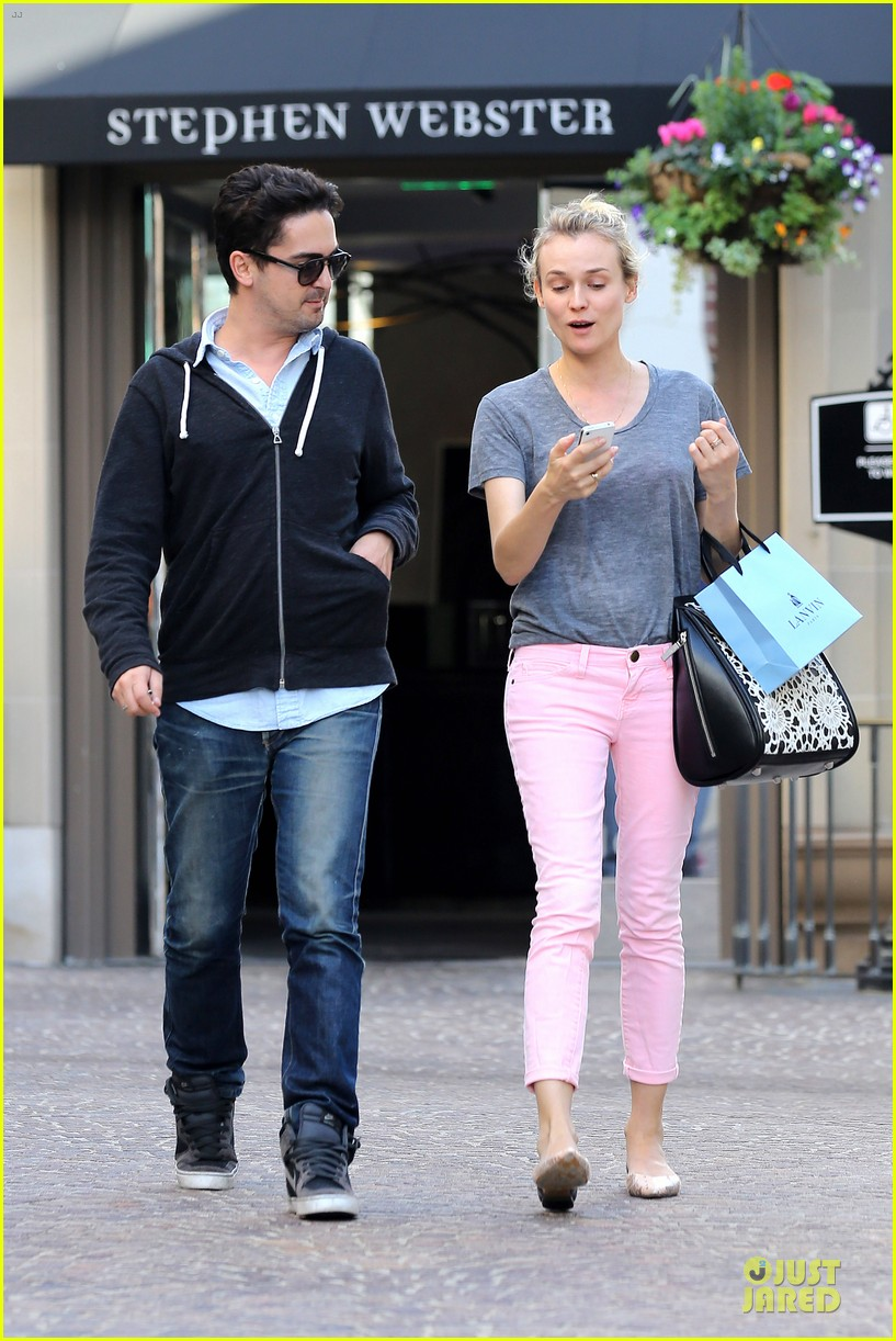 diane kruger pink shopping day 05