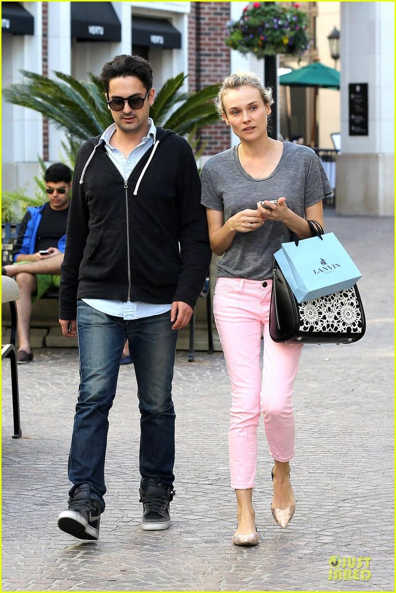 diane kruger pink shopping day 11