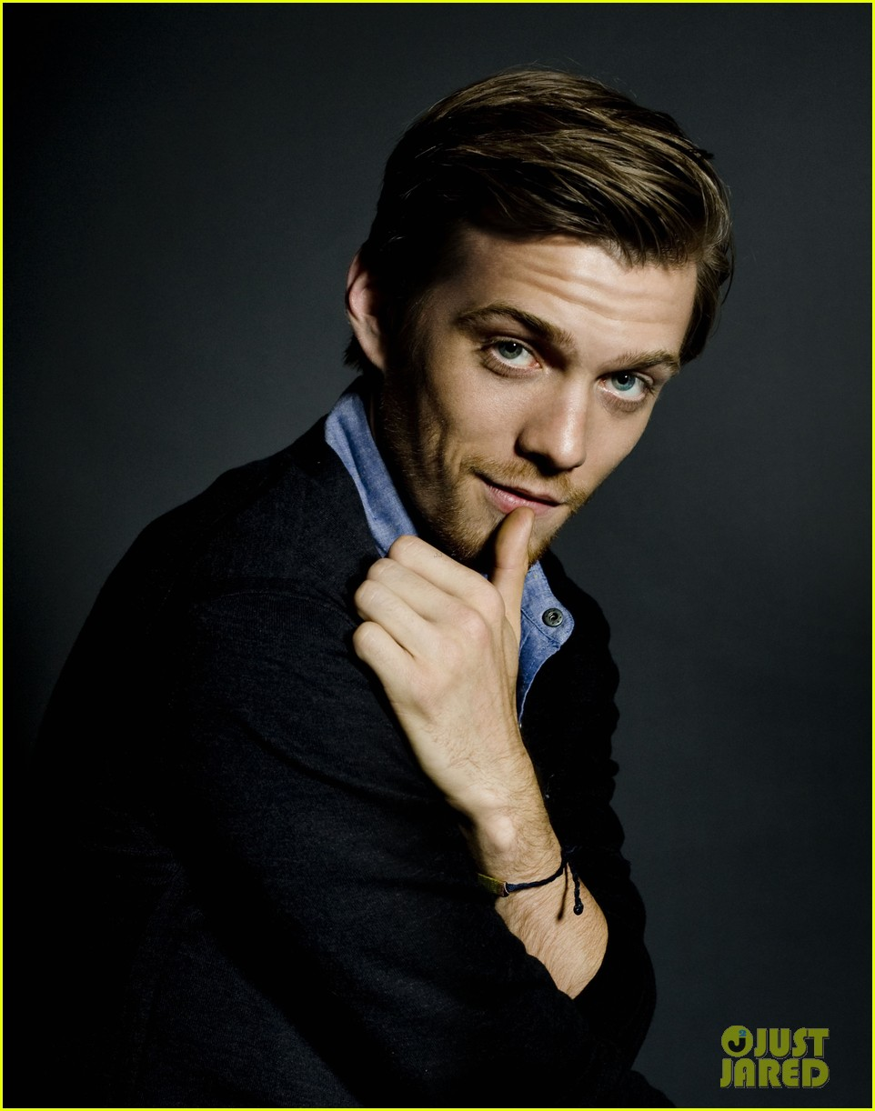 diane kruger jake abel the host cast portraits exclusive 032838584