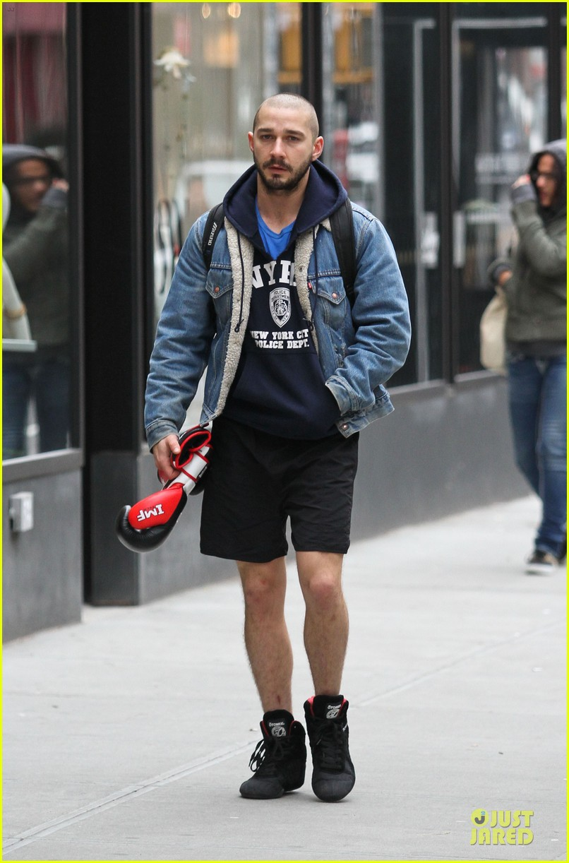 Full Sized Photo of shia labeouf orphans opening night ... шайа лабаф