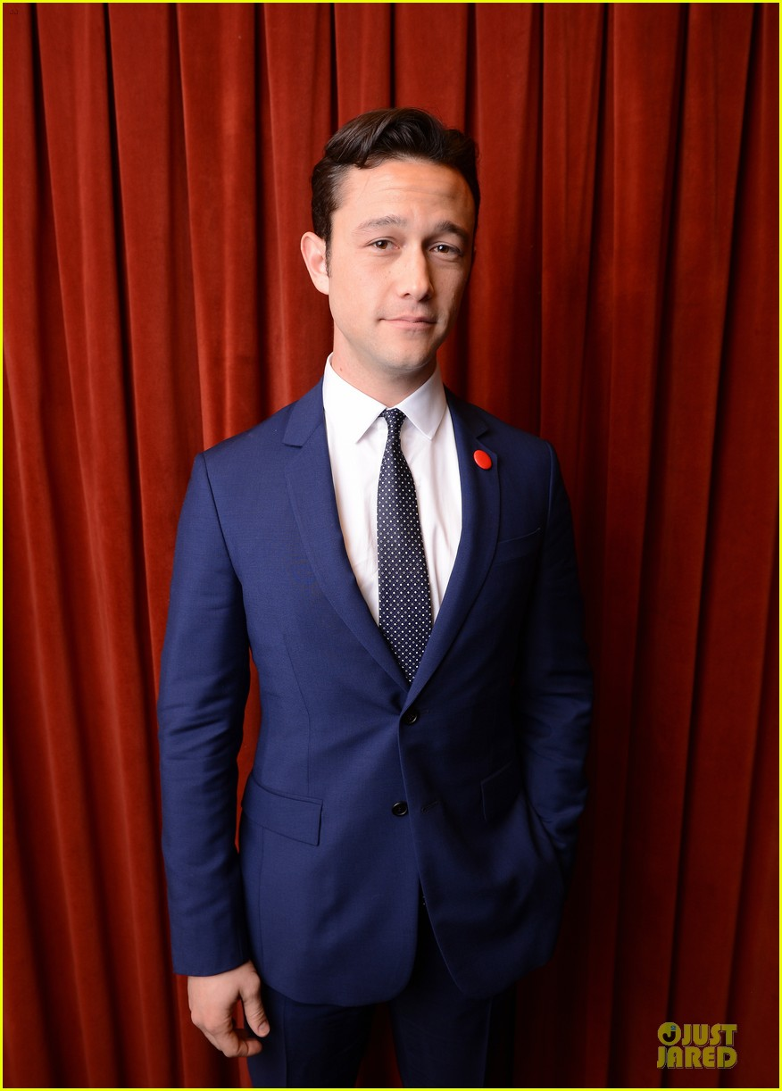 joseph gordon levitt don jon addiction photo op at sxsw 072829184