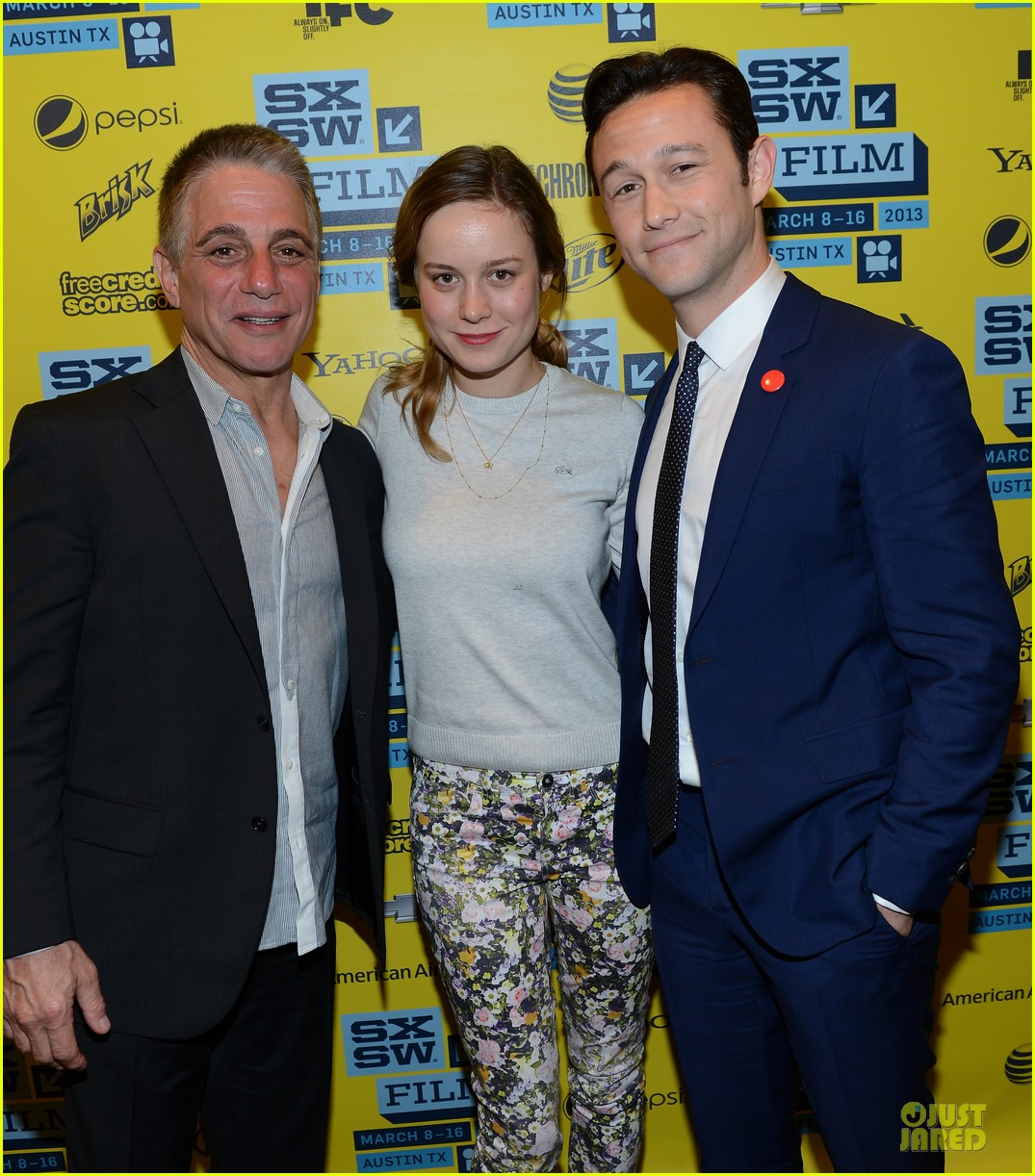 joseph gordon levitt don jon addiction photo op at sxsw 15