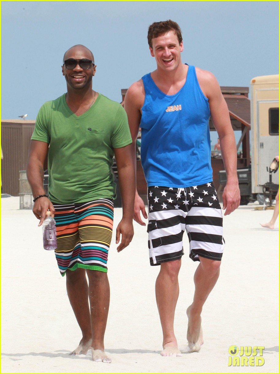 ryan lochte what would ryan lochte do beach filming 04