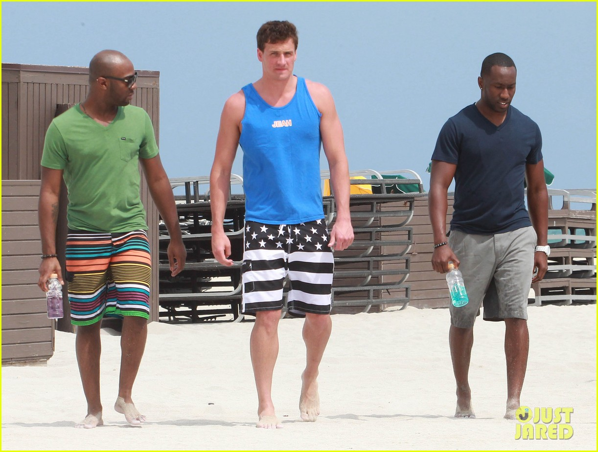 ryan lochte what would ryan lochte do beach filming 08