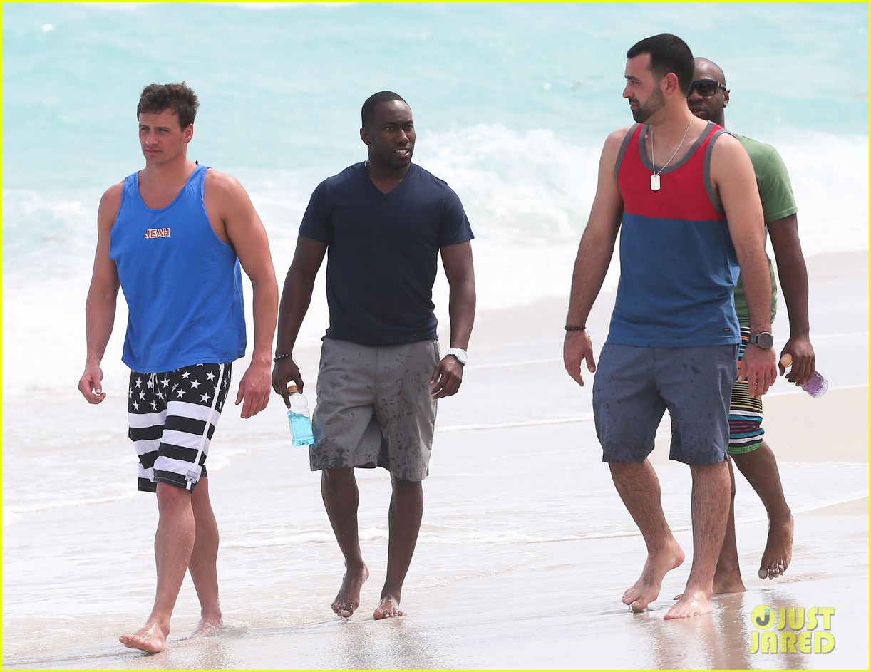 ryan lochte what would ryan lochte do beach filming 22