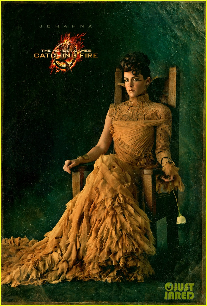 jena malone as johanna in catching fire first look 02