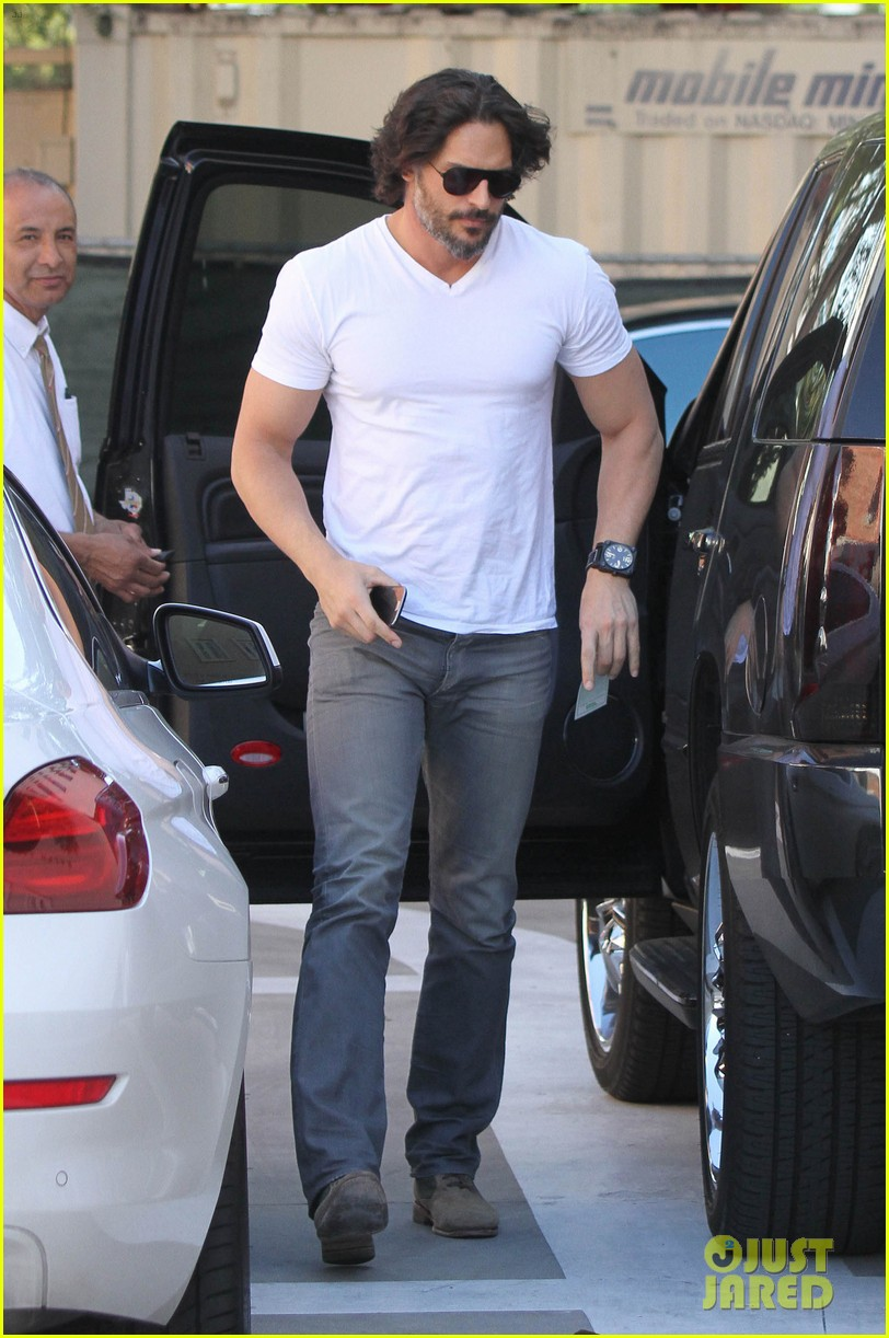 joe manganiello fitness book to be released in 2014 08