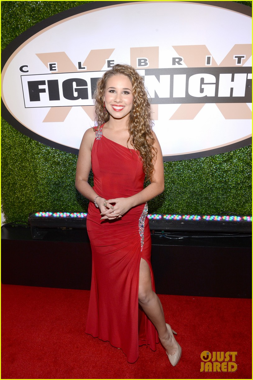 joe manganiello celebrity fight night with bridget peters 152836701