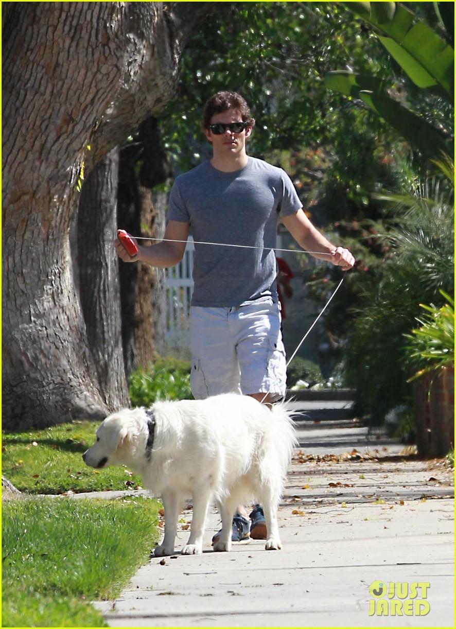 james marsden dog walkin wednesday 012830394