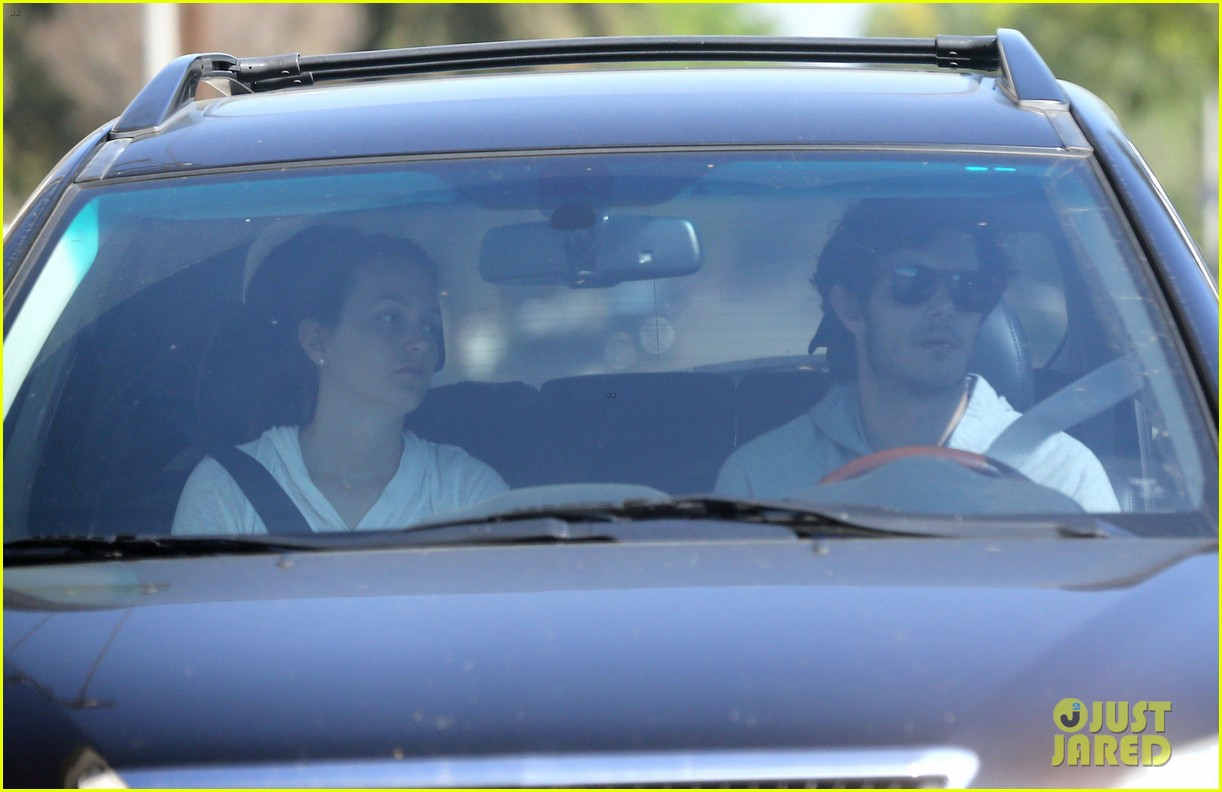 leighton meester adam brody early morning drive 102831919
