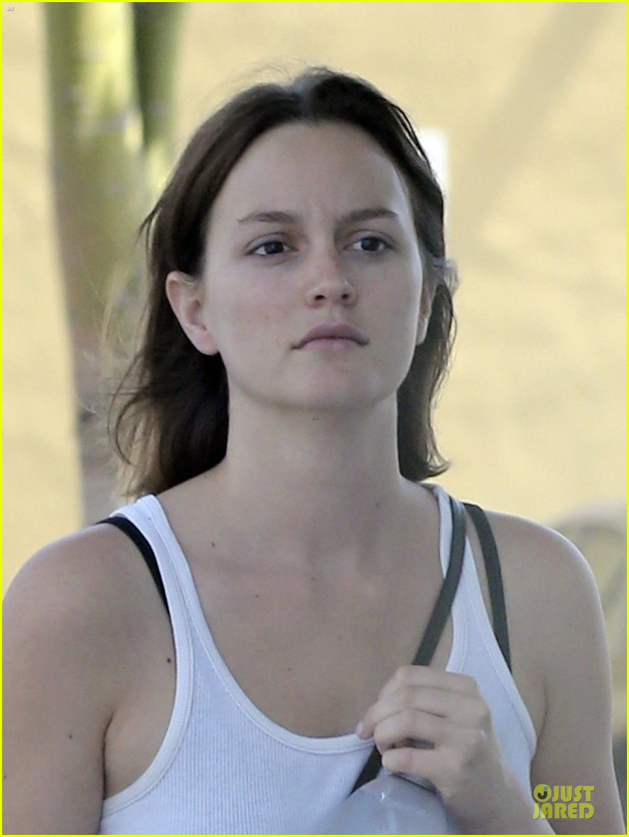 leighton meester yoga fit friday 06