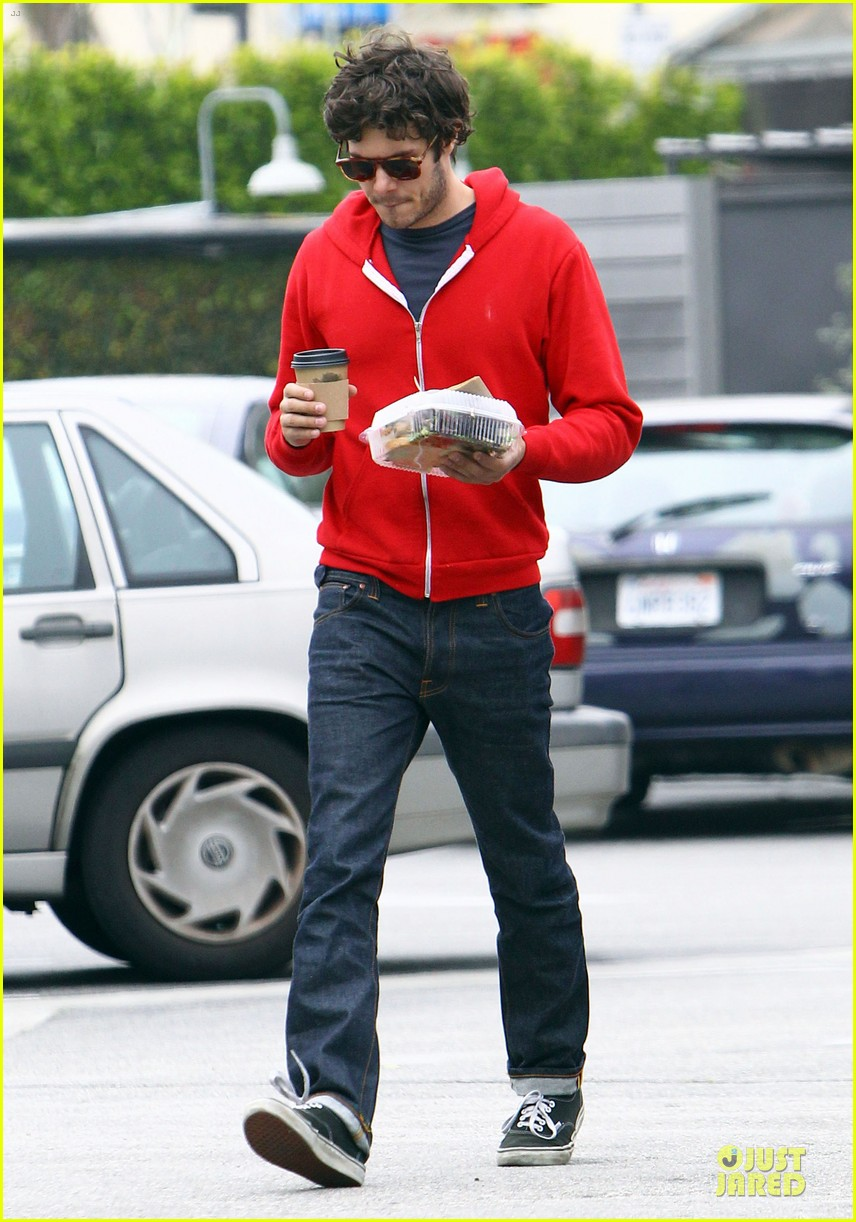 leighton meester adam brody separate lunch outings 09