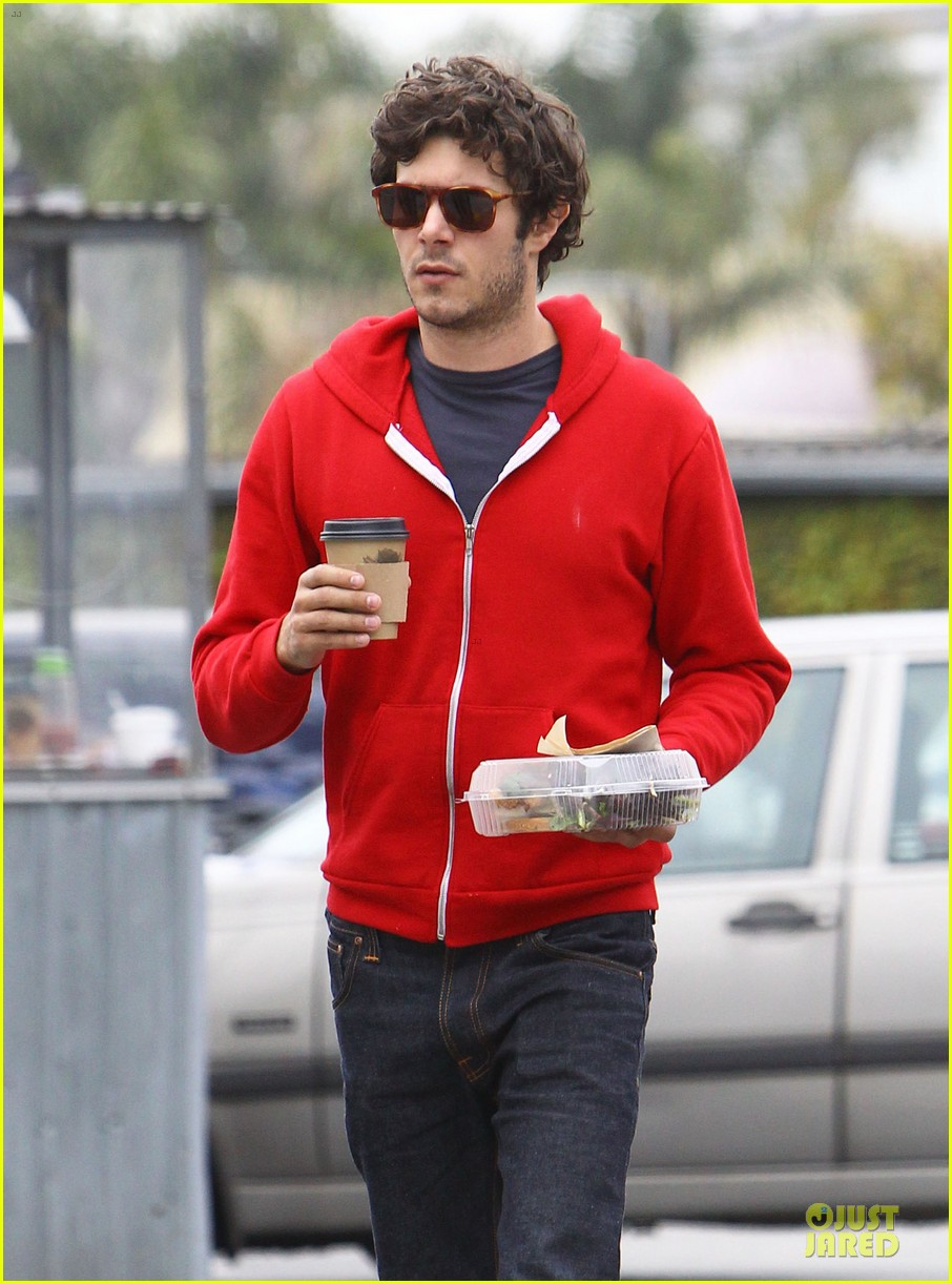 leighton meester adam brody separate lunch outings 13
