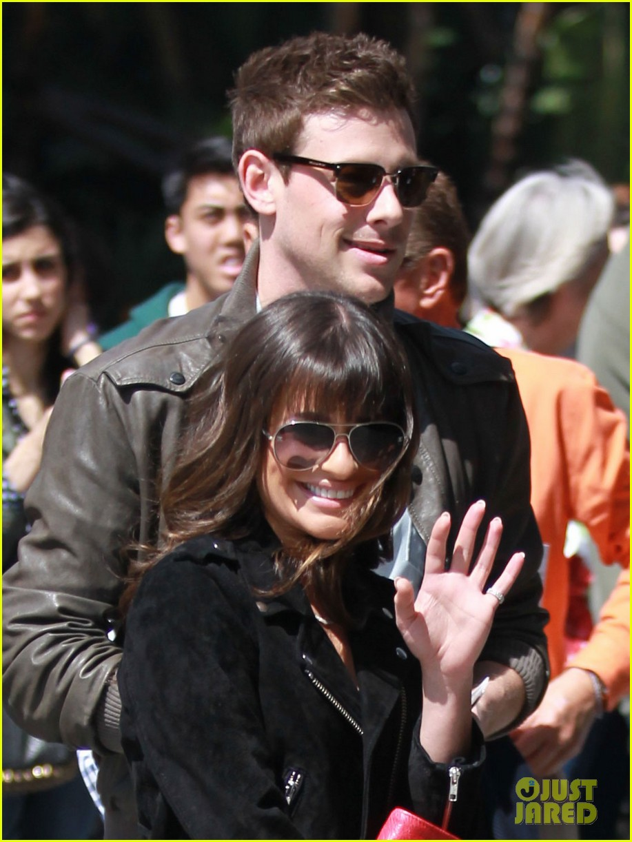 lea michele cory monteith kings game couple 02