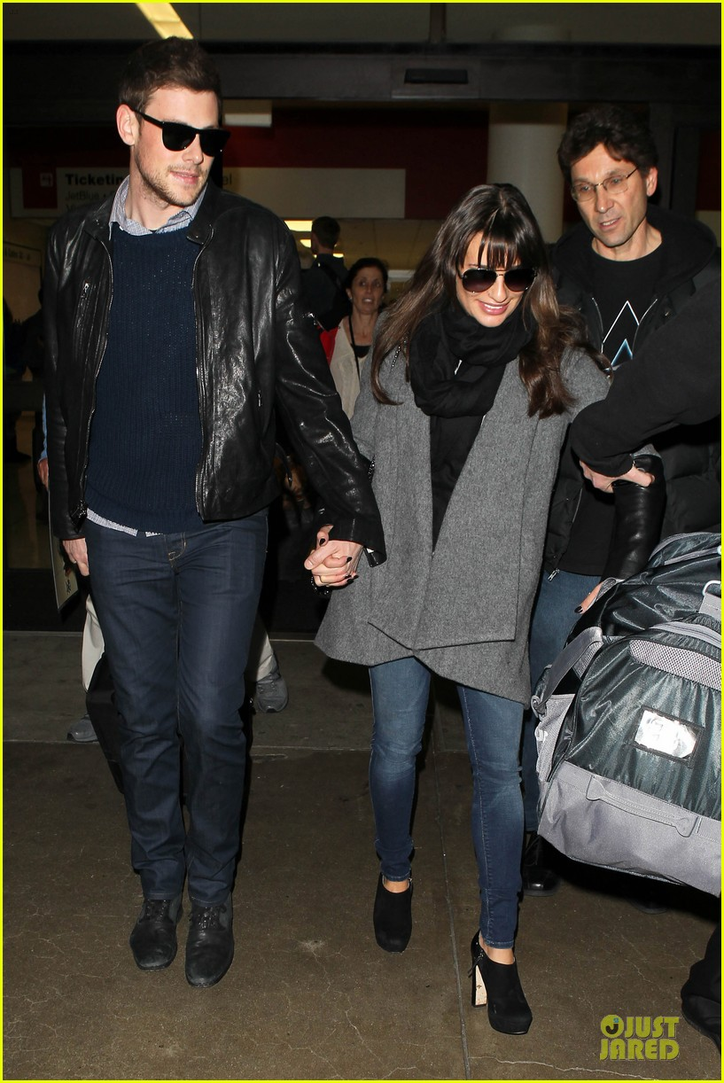 lea michele cory monteith snowy new york departure 07