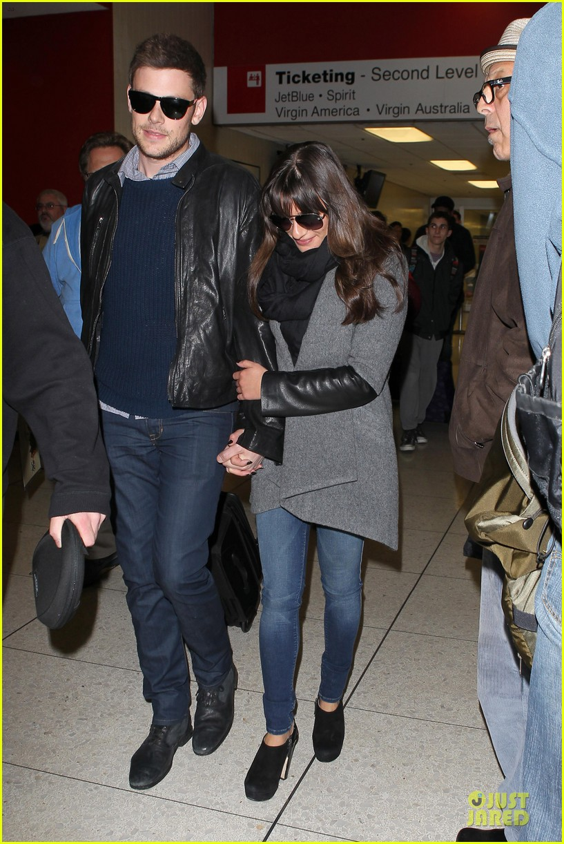 lea michele cory monteith snowy new york departure 12