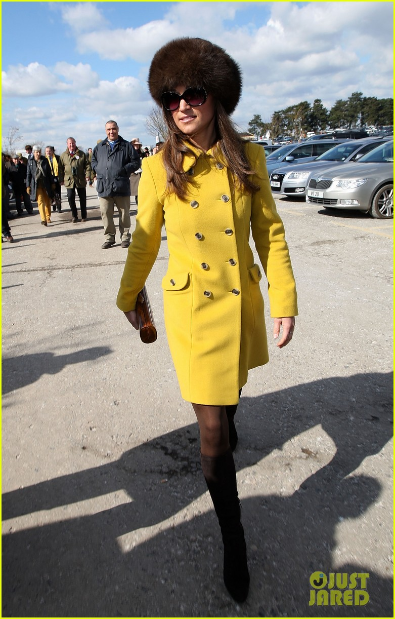 pippa middleton cheltenham festival day three 01