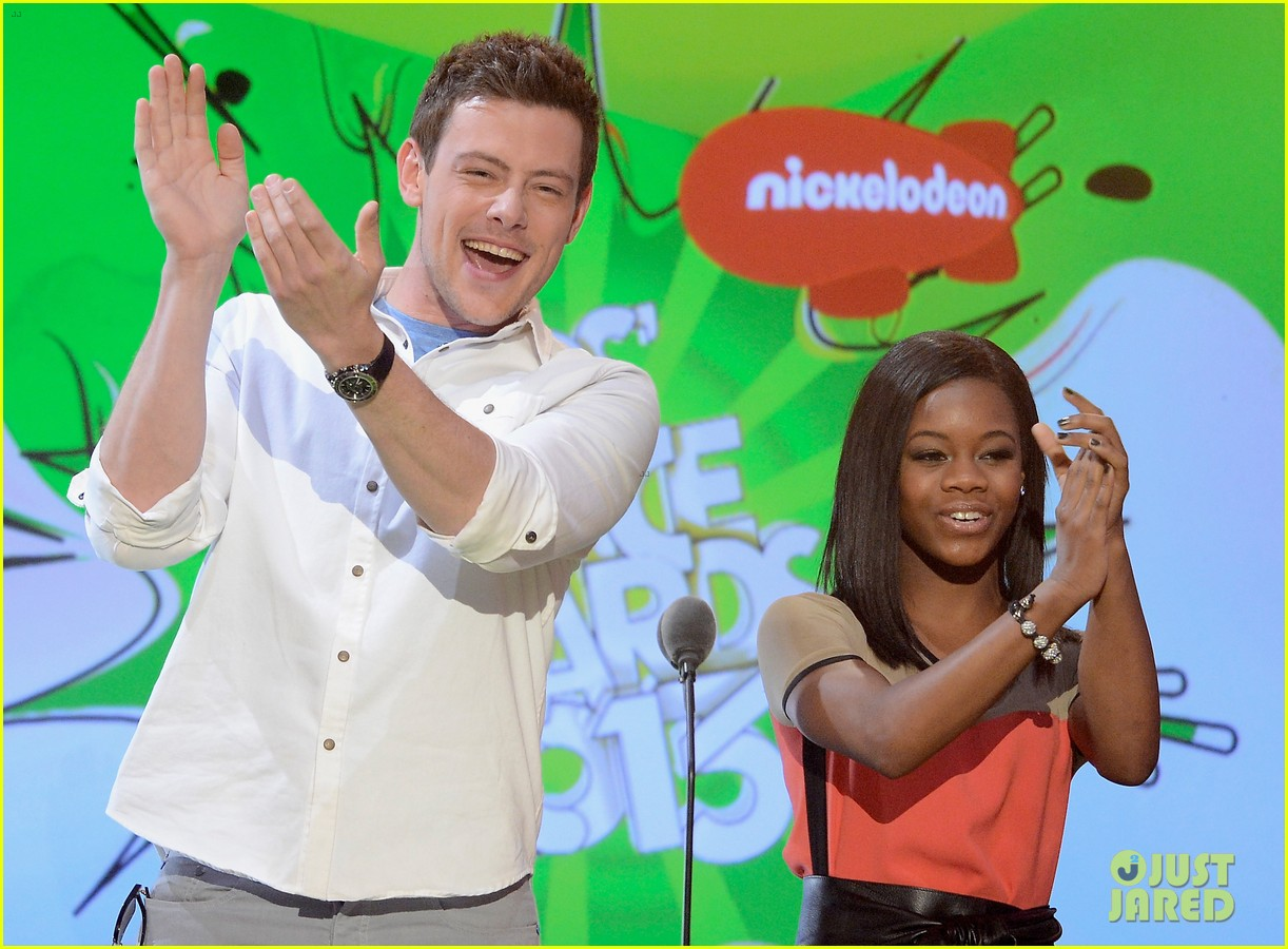 cory monteith gabby douglas kids choice awards 2013 042836647