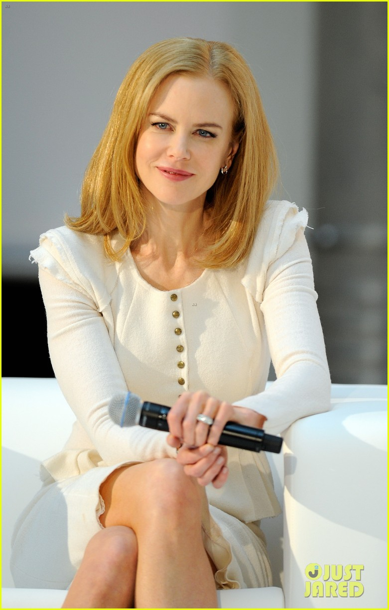 nicole kidman omega press junket gala 02