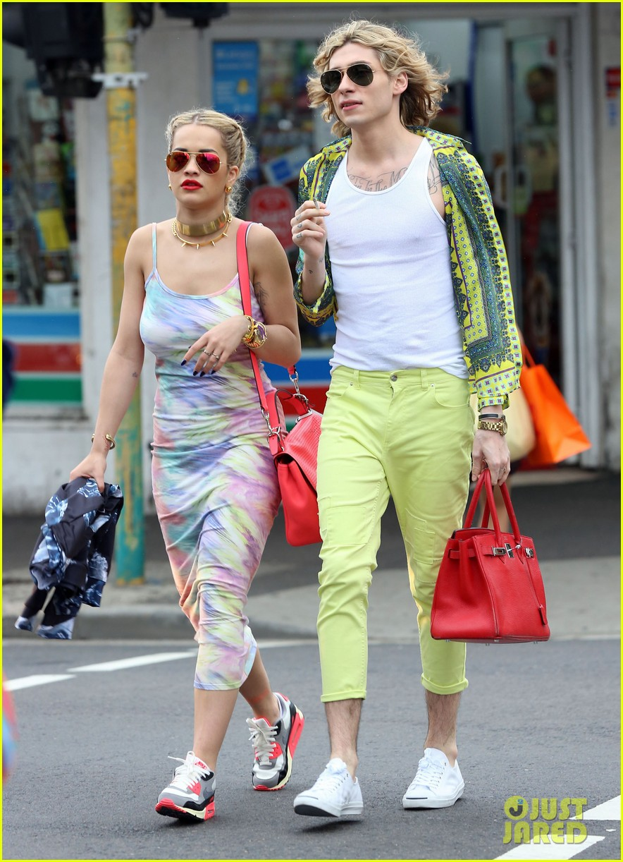 rita ora shopping in sydney 08