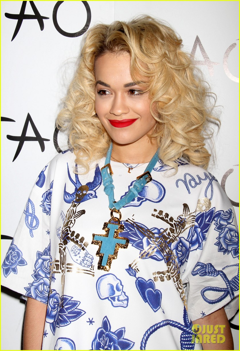 rita ora tao nightclub host 04