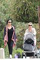 elsa pataky india taverna tony with mom cristina 01
