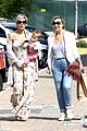 elsa pataky india taverna tony with mom cristina 21