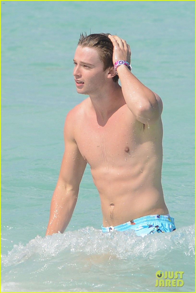 patrick schwarzenegger shirtless beach football 14