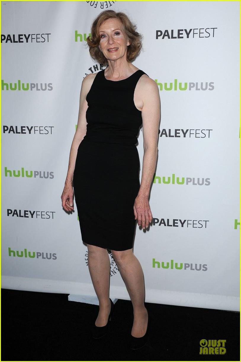 evan peters sarah paulson paleyfest with american horror story cast 14