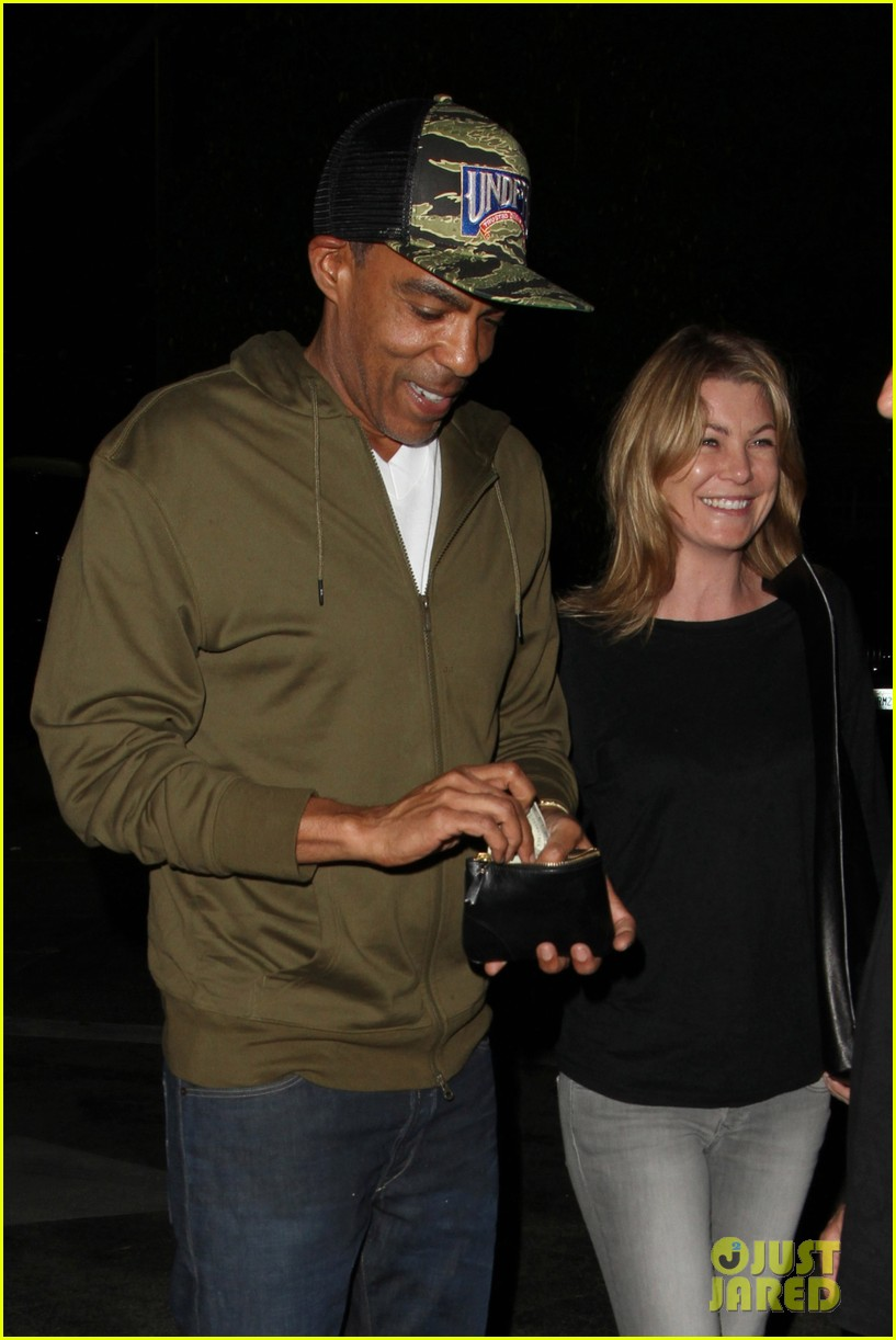 ellen pompeo chris ivery date night kisses 01