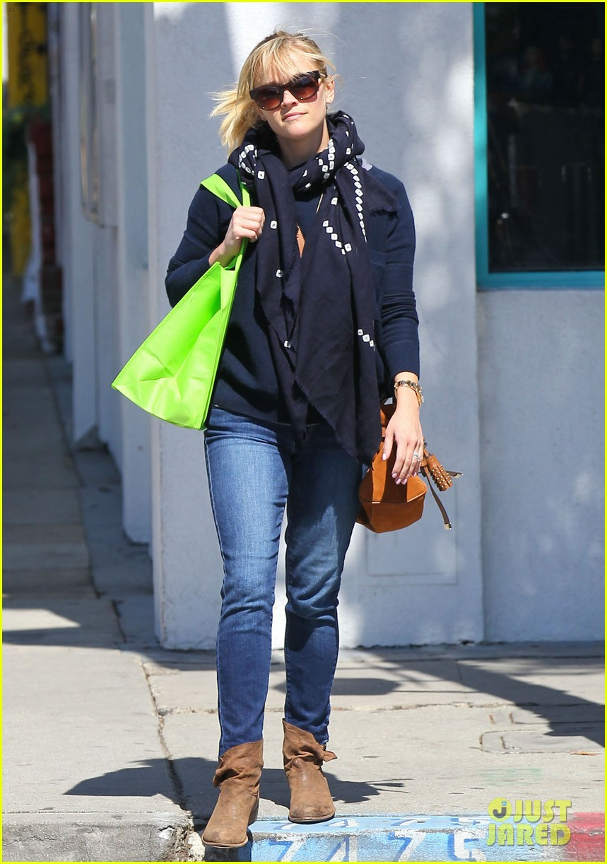 reese witherspoon sunday shopping spree 17