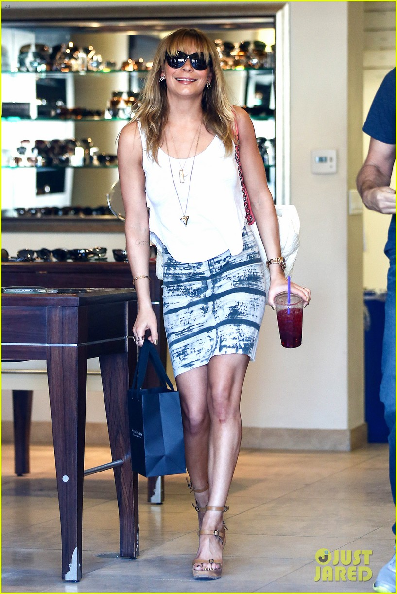 leann rimes malibu country mart retail therapy 16