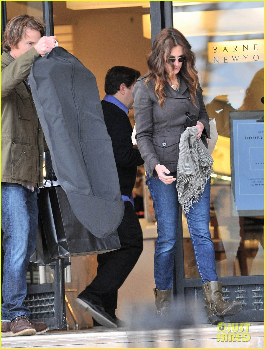 julia roberts barneys new york shopper 12
