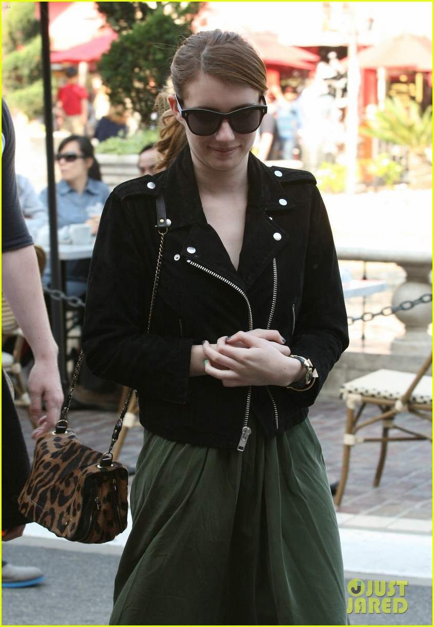emma roberts evan peters the grove outing 022837516