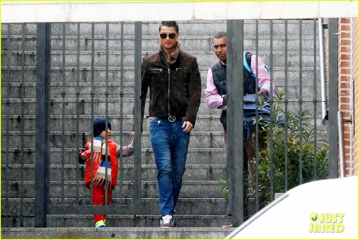 cristiano ronaldo rainy madrid day with cristiano jr 08