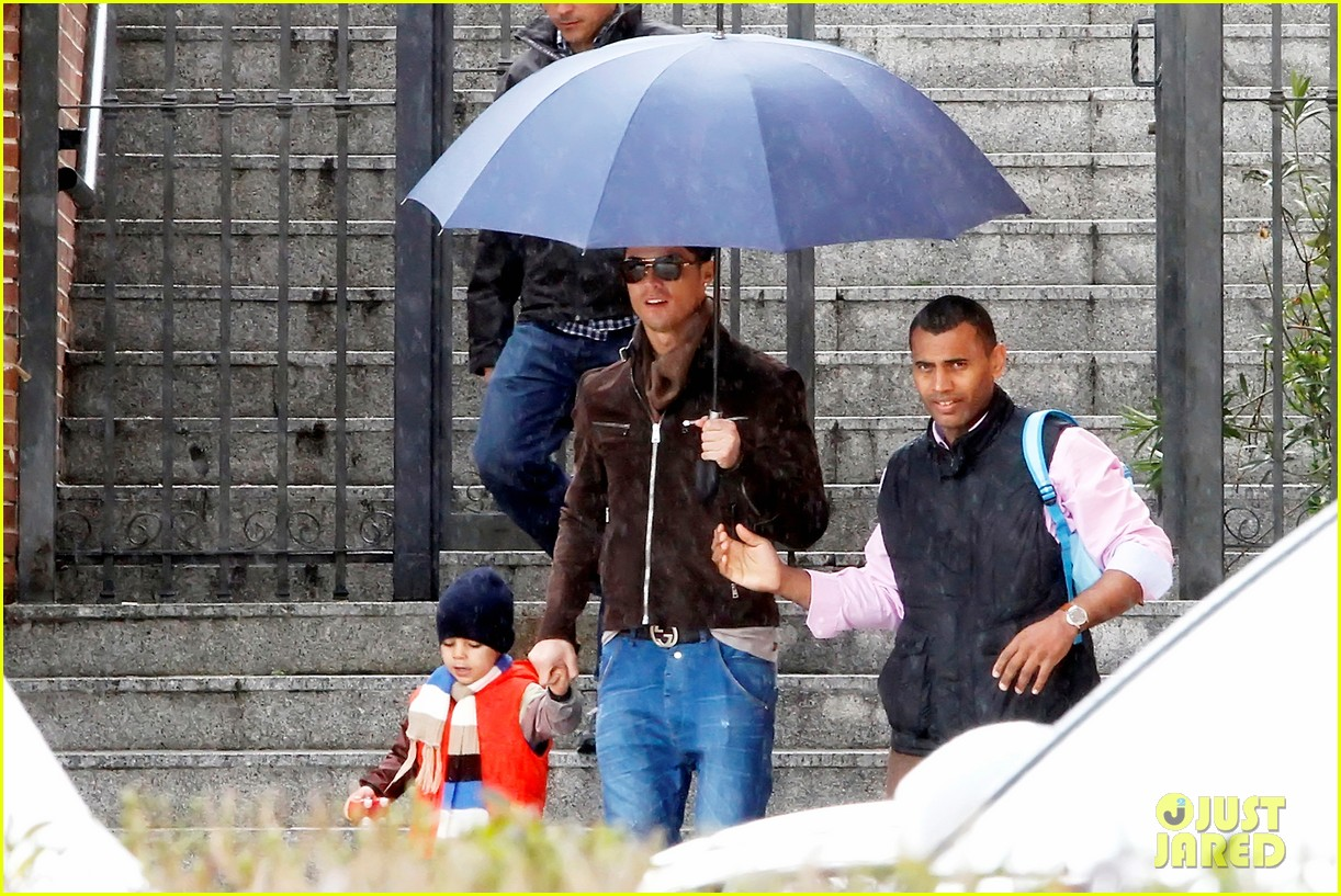 cristiano ronaldo rainy madrid day with cristiano jr 092826224